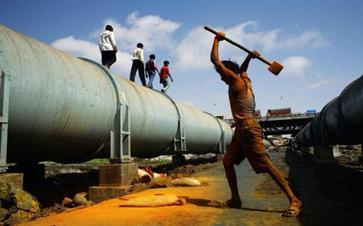 管道局承建的印度维达管道项目主体焊接突破100公里